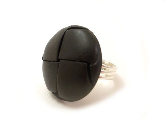 Black button ring  button jewelry large by EfZinCreations on Etsy, €9.00