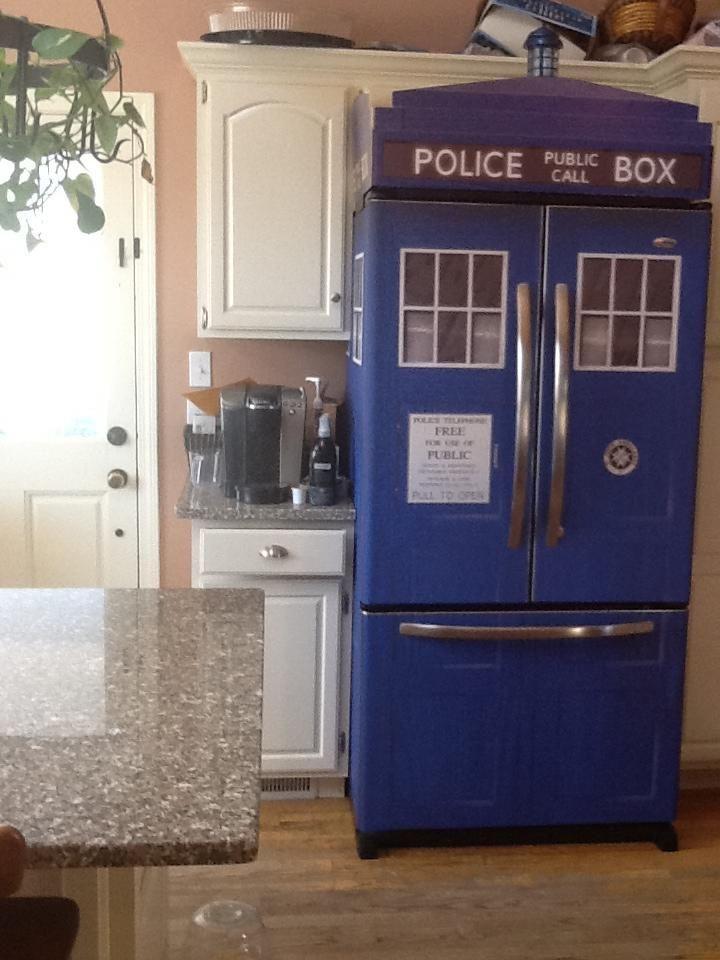 T.A.R.D.I.S fridge!!!!!