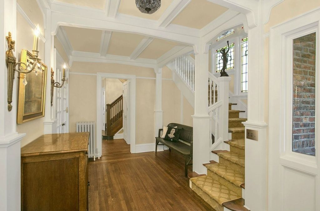 Upstairs Foyer Ideas : Foyer design ideas for all colors styles and sizes