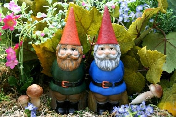 17 Best 1000 images about Garden Gnomes on Pinterest Gardens Fairy