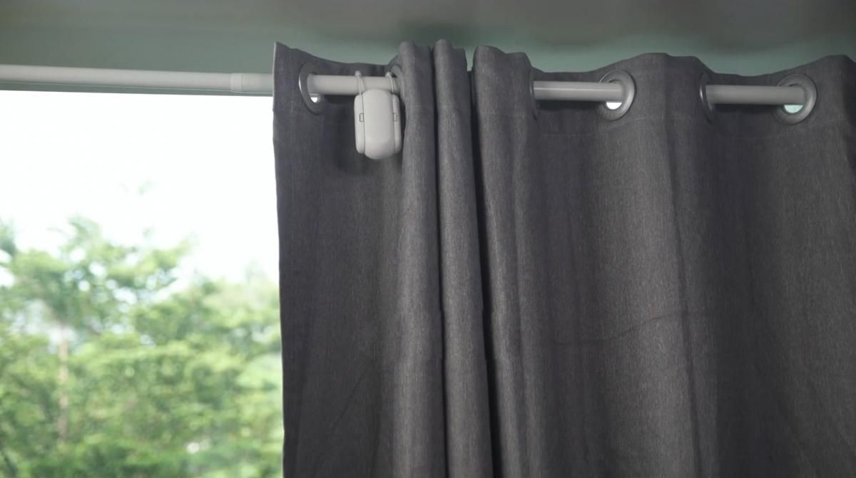 The Switchbot Curtain Is A Robot That Automatically Opens Your