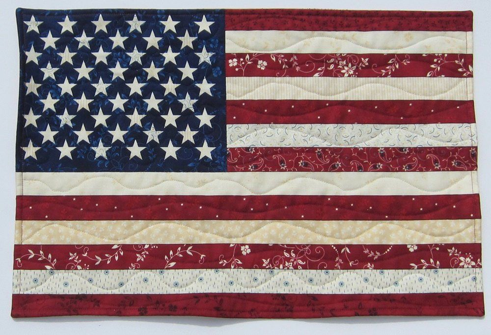 American Flag Red White And Blue Patriotic Wall Hanging Etsy Wall Quilts Patriotic Wall Hanging American Flag Quilt