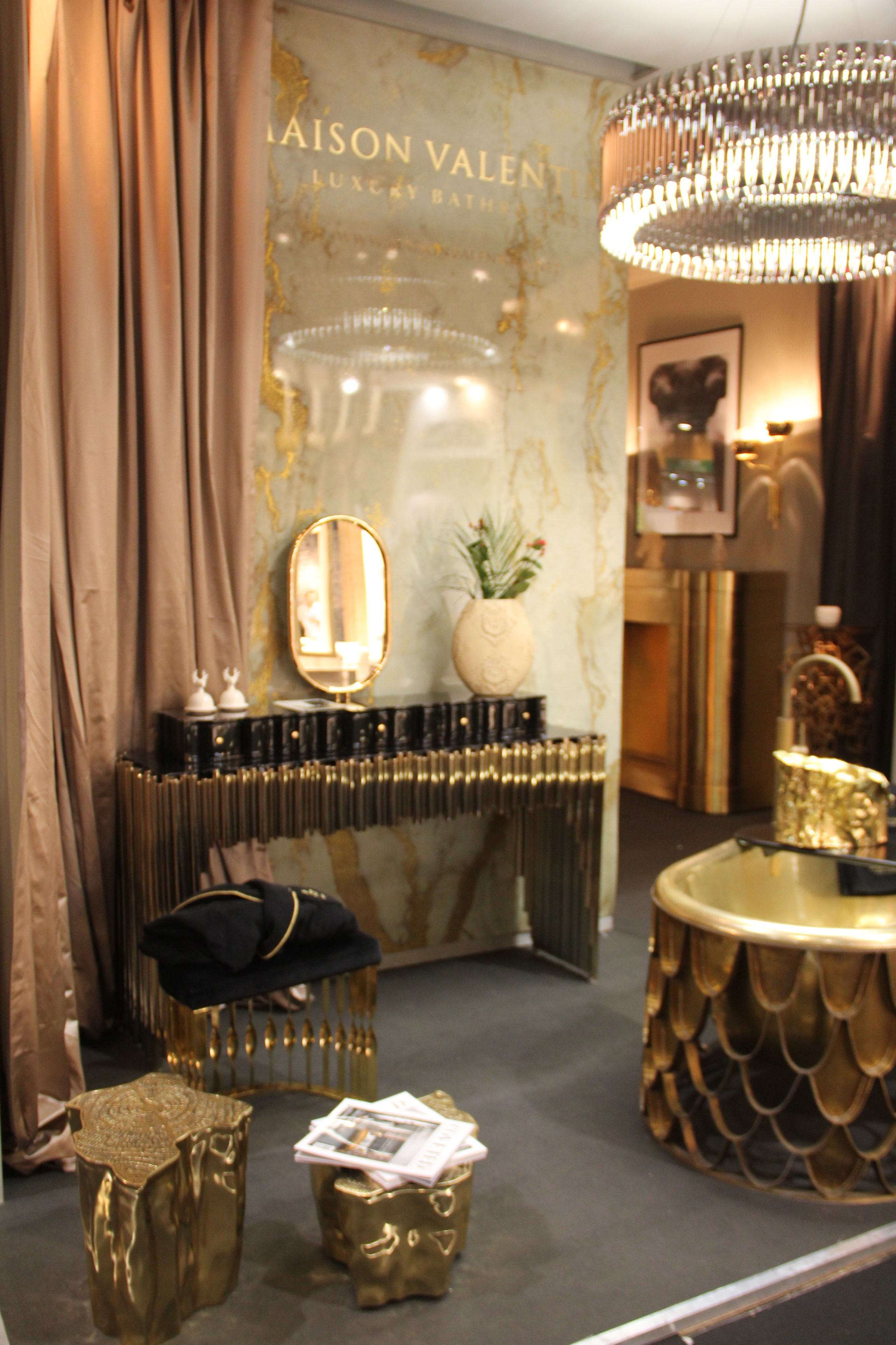 Wohndesign interieur badezimmer pin by shaukat khan on grey and gold  pinterest  bathroom