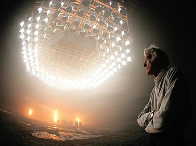 deakins stands beneath an overhead grid of space lights in stage 12 rh pinterest com Portrait Lighting Setup Diagram Photography Lighting Diagrams