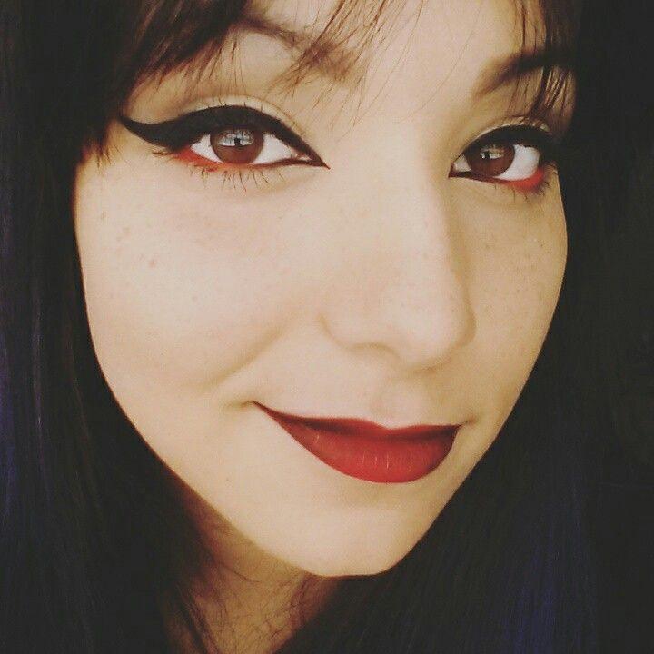 red makeup ♡ rockabilly pin up Makeup Pinterest - maquillaje de vampiro hombre