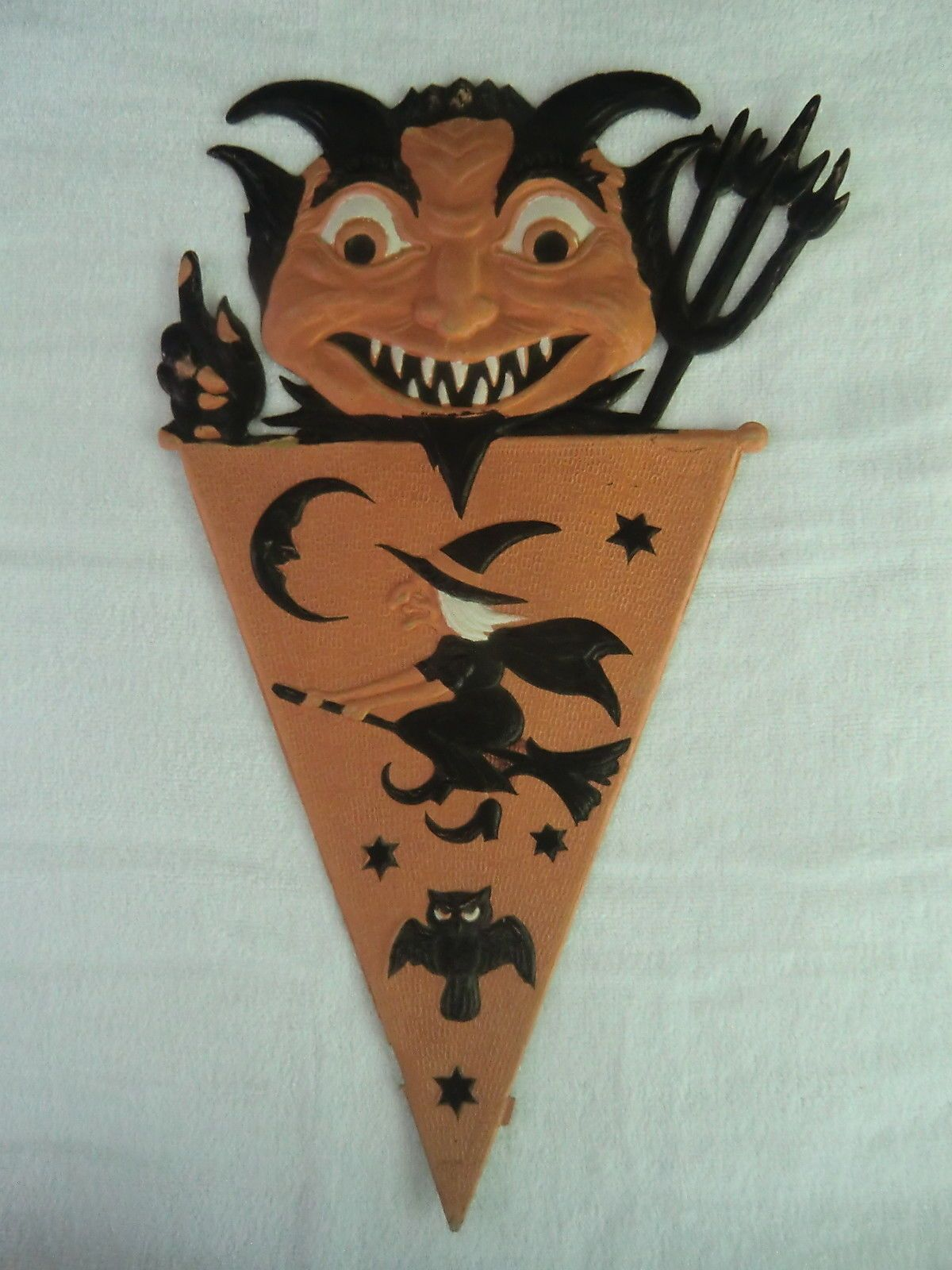 a blog for collectors of vintage halloween spooktacular halloween party ideas and decorations and - German Halloween Decorations