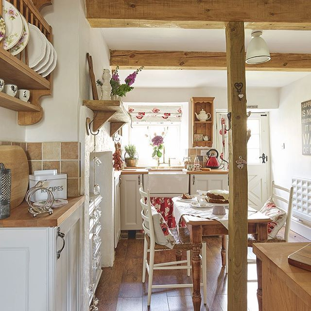 Pretty Cottage Kitchen: Exposed Beams, Shaker Cabinetry, A Belfast Sink And Pretty