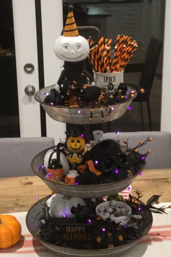 Photo of 55+ Ways To Decorate Your Tiered Tray for Halloween | Lures And Lace