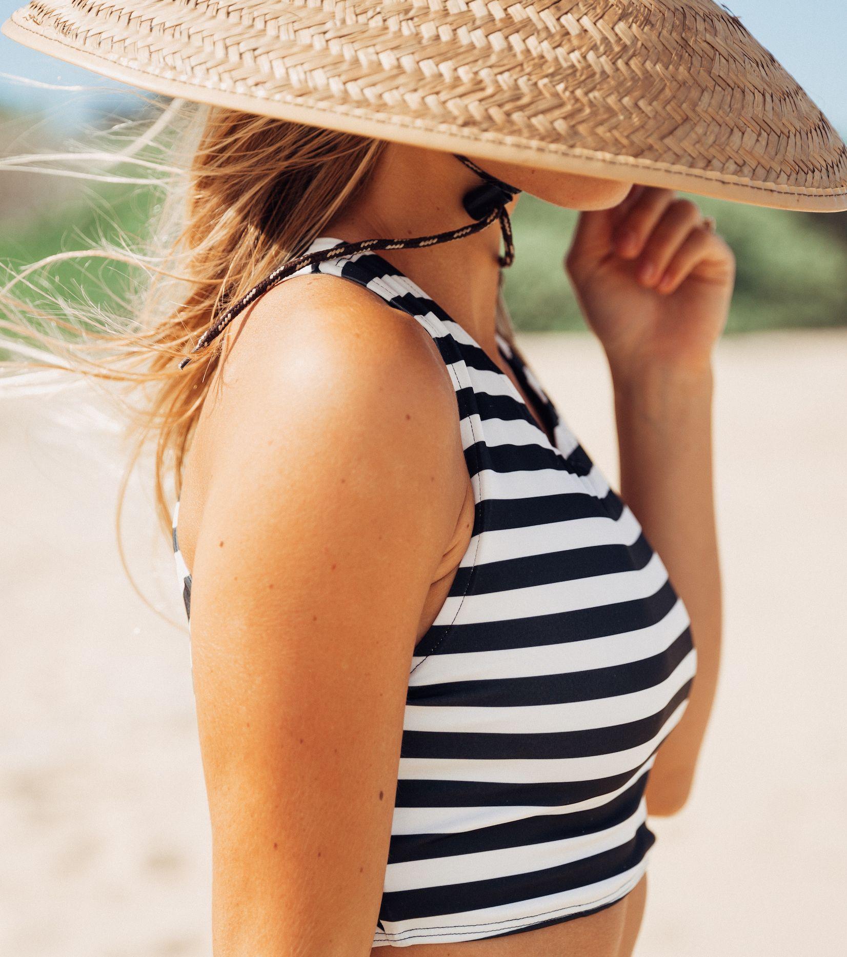 Hang ten bikini