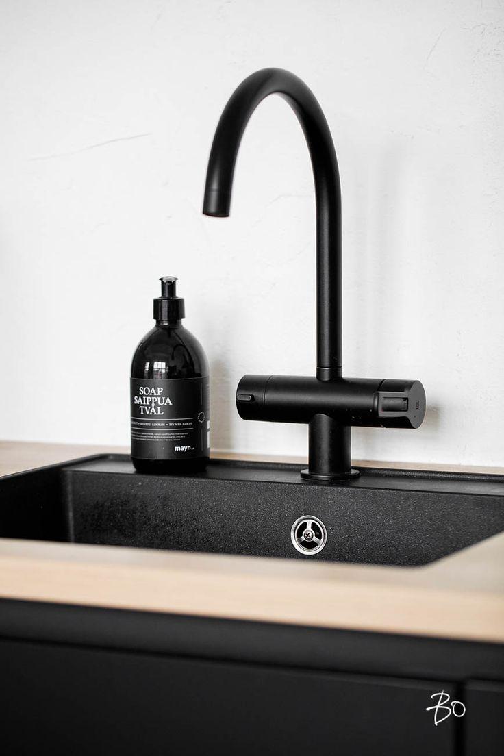 Osez Un Robinet Noir Dans Votre Cuisine Minimalism Kitchens And