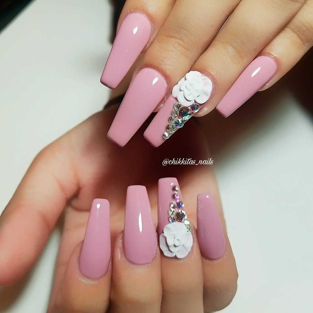 40 Classy Nude Nails Design Ideas - The Glossychic