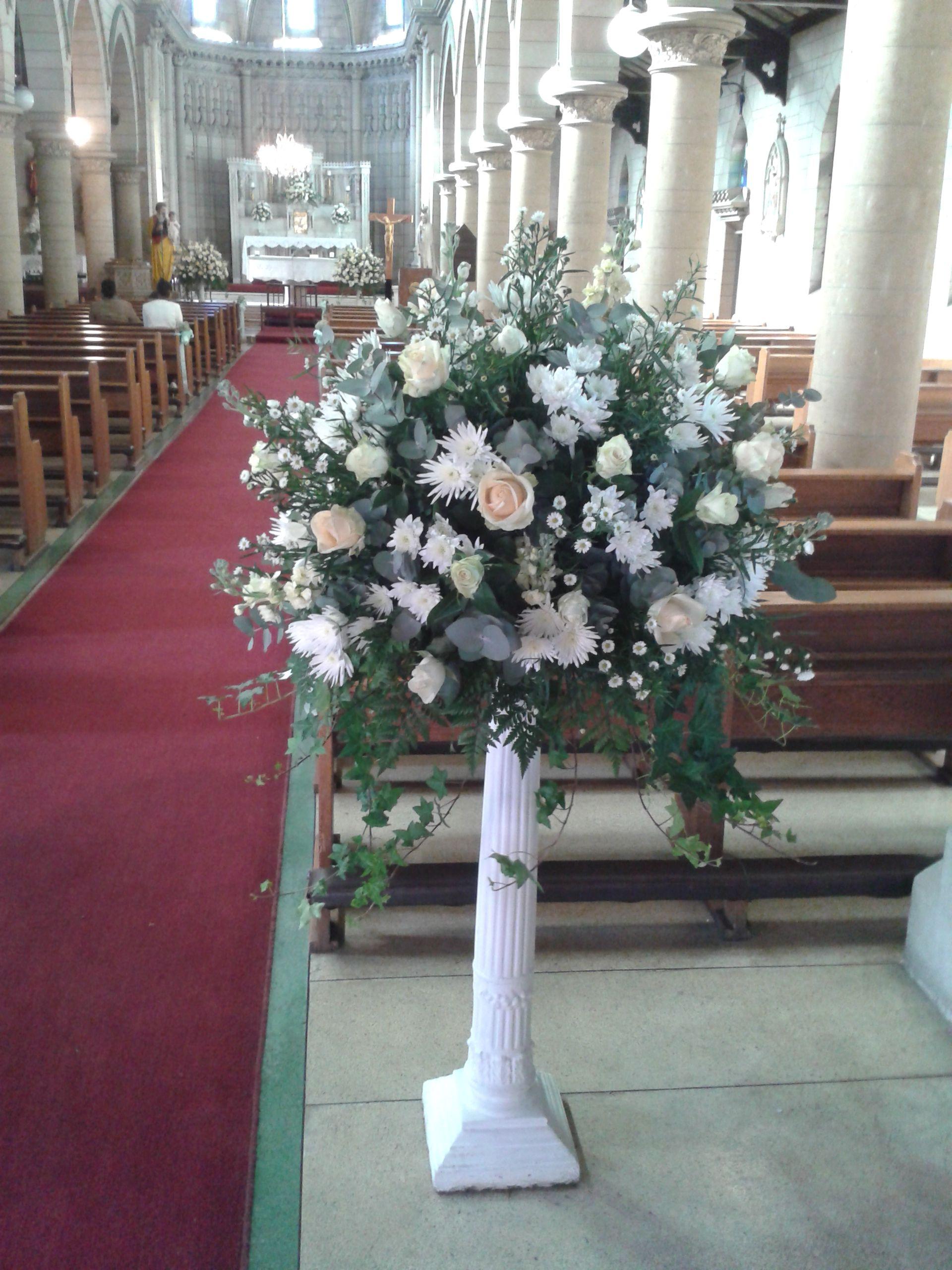 Wedding Mass Arrangement Flower arrangements, Wedding