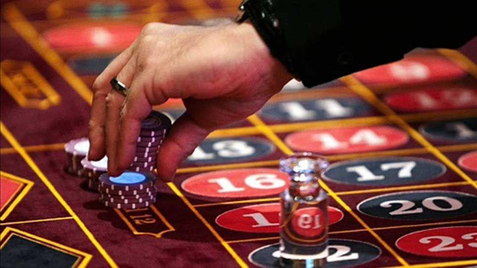 nettikasinolla pelattaessa. Casino table, Online casino