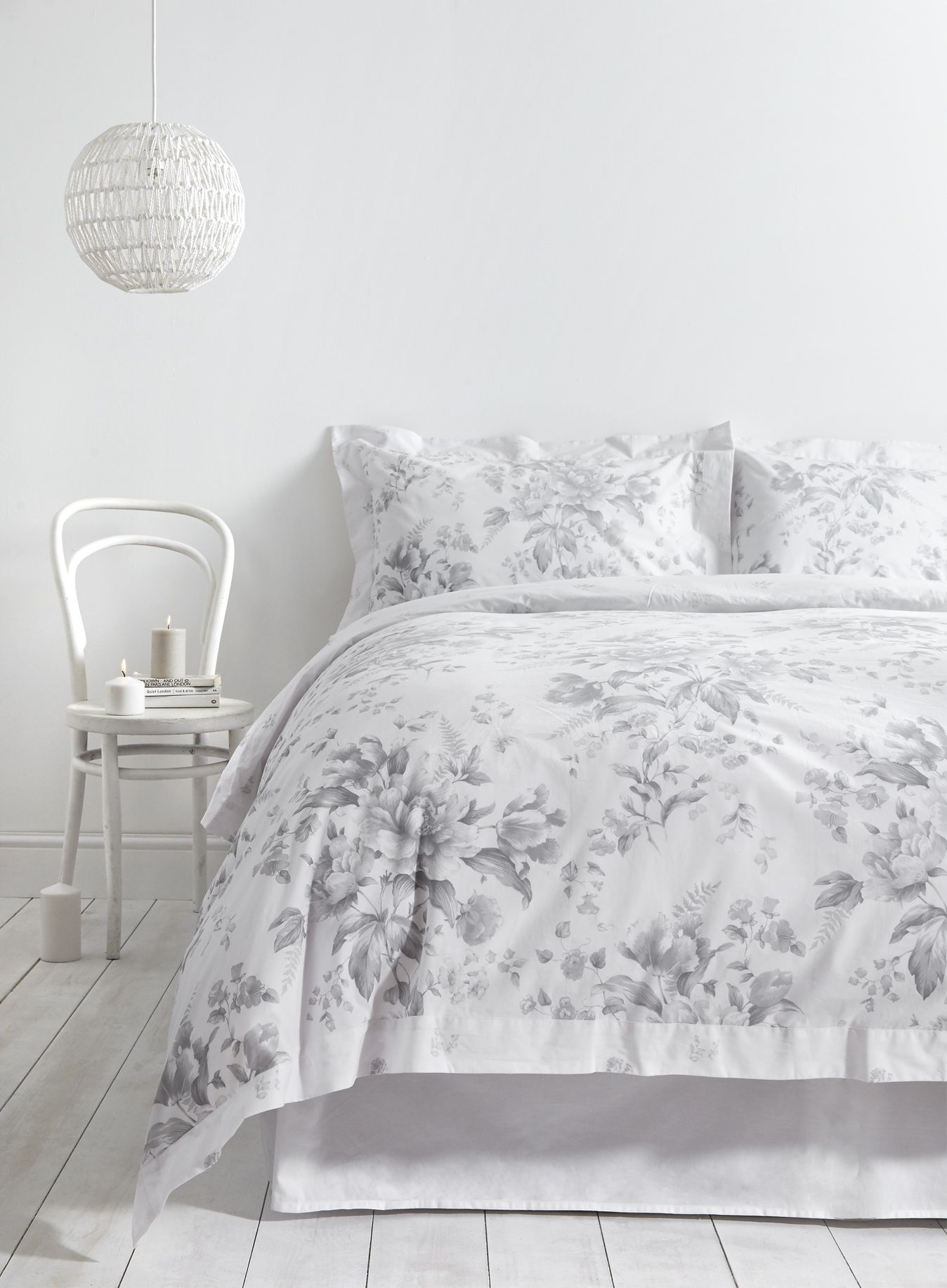 Holly Willoughby Rugby Fl Duvet Cover From This Ruby Bed Linen Range Has A Sophisticated Grey Pattern Set Against Crisp White