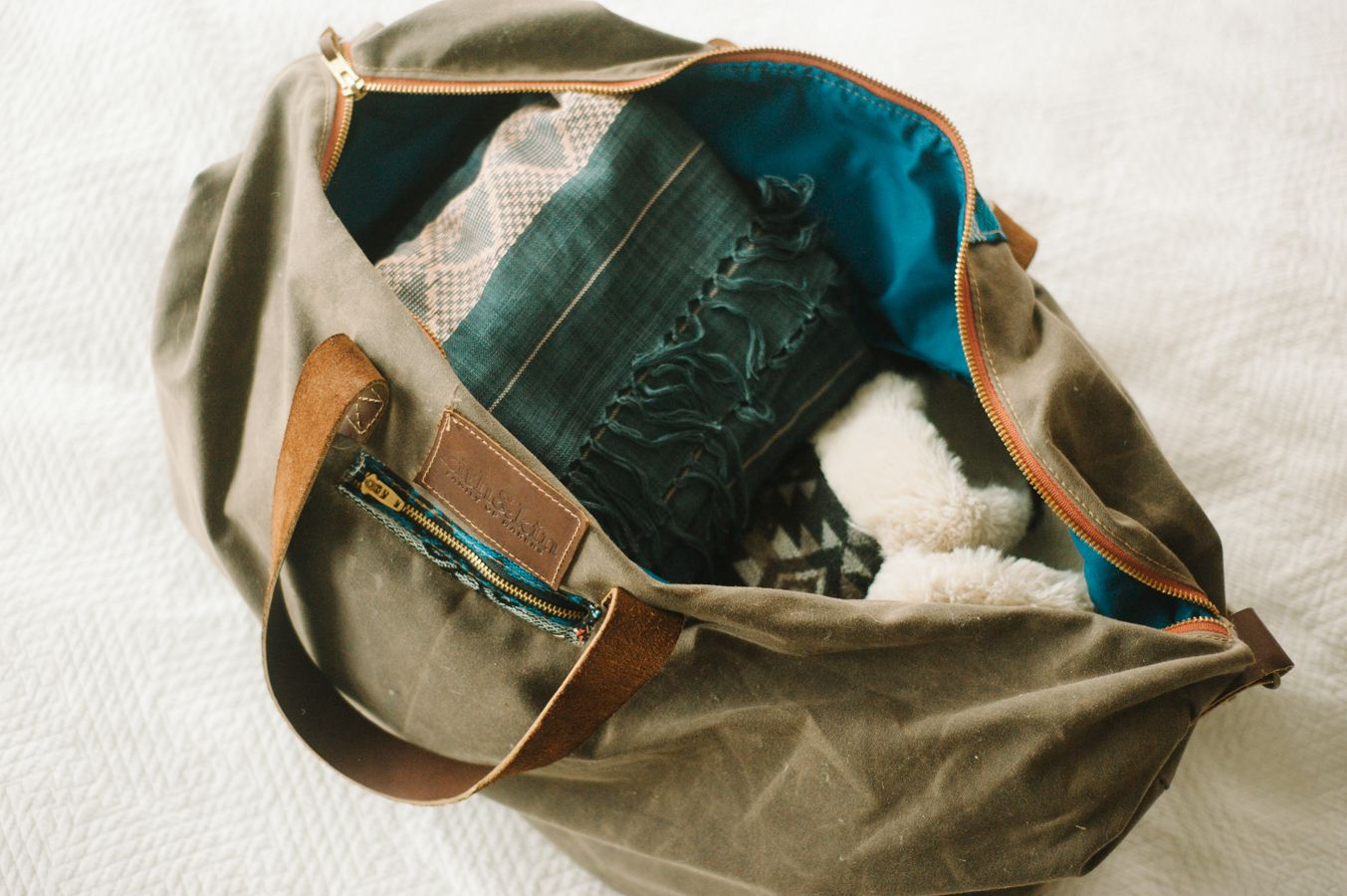 on packing a minimal weekend bag Weekender bag, Bags