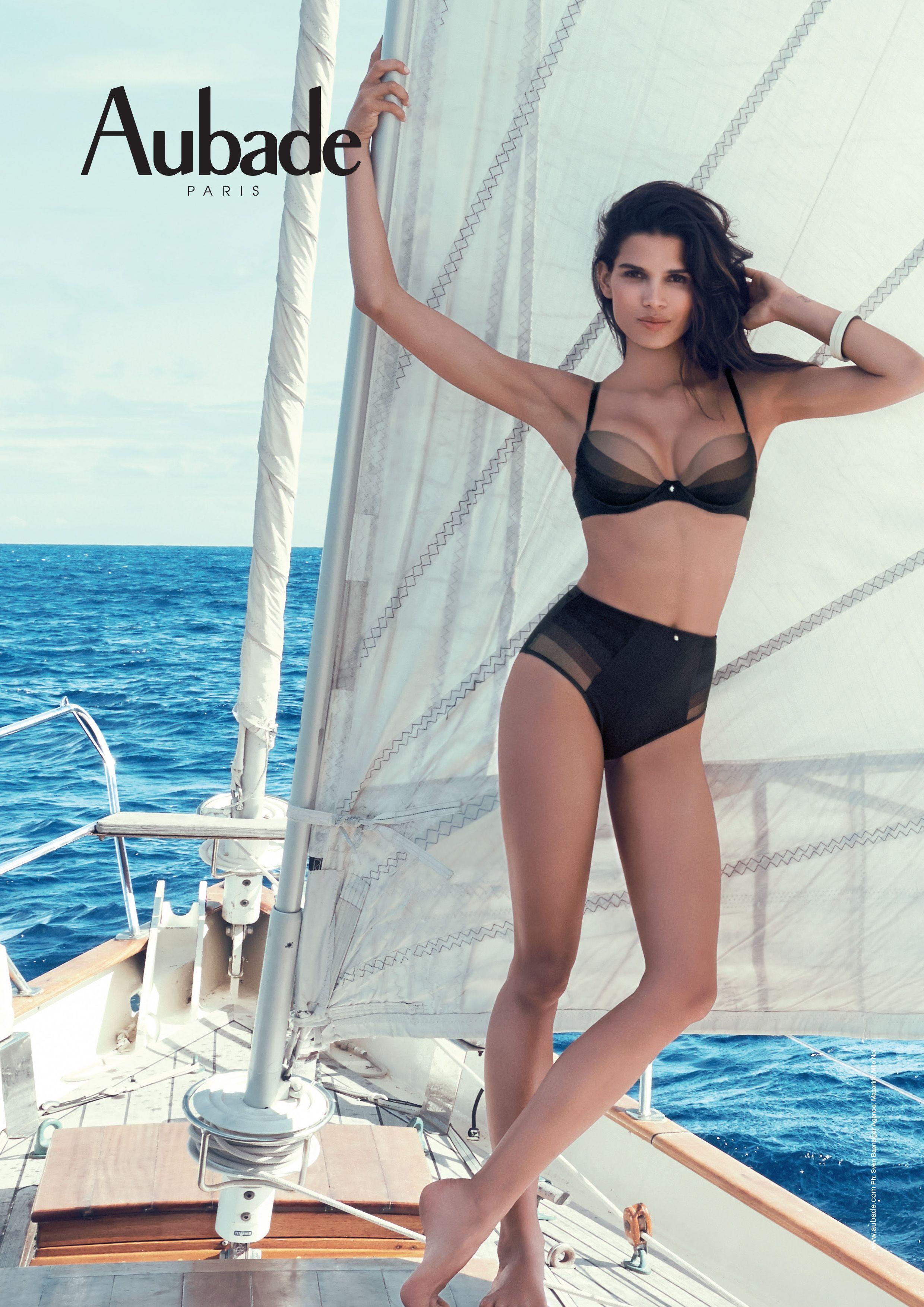 Collection onde sensuelle noir aubade les collections aubade lingerie lingerie et bikinis - Lingerie salle de bain ...