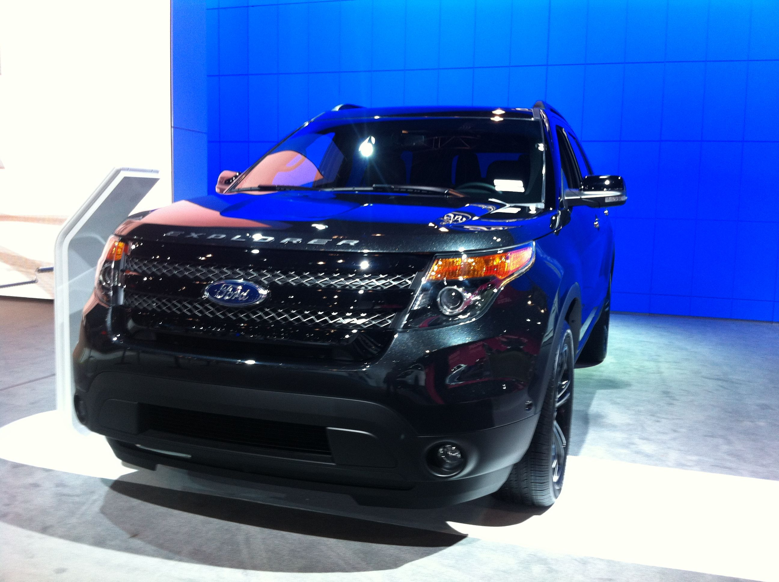 2013 black ford explorer 2013 ford explorer at the ny auto show 1024x764 2013 ford