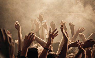 hands worship