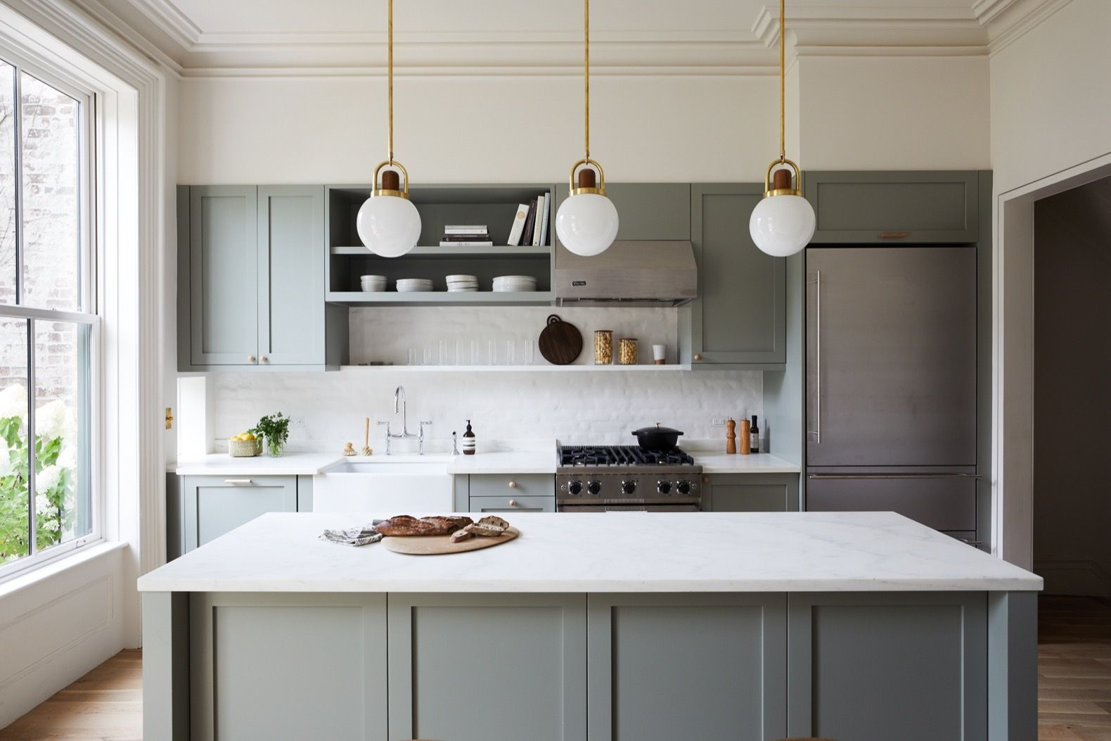 Photo 16 Of 27 In Before After A 19th Century Brooklyn Brownstone Kitchen Cabinet Styles New Kitchen Cabinets Kitchen Cabinet Design