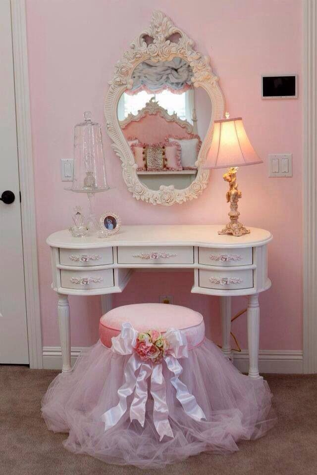 Cute for any girl big or little decorating kitch - Little girls shabby chic bedroom ...