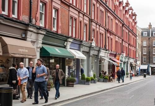 Chiltern Street Serviced Apartments London Chiltern Street Serviced Apartments offers accommodation in London, 1 km from Oxford Street. The air-conditioned unit is 1.3 km from Regents Park. Free WiFi is provided throughout the property.  The kitchen has a dishwasher.