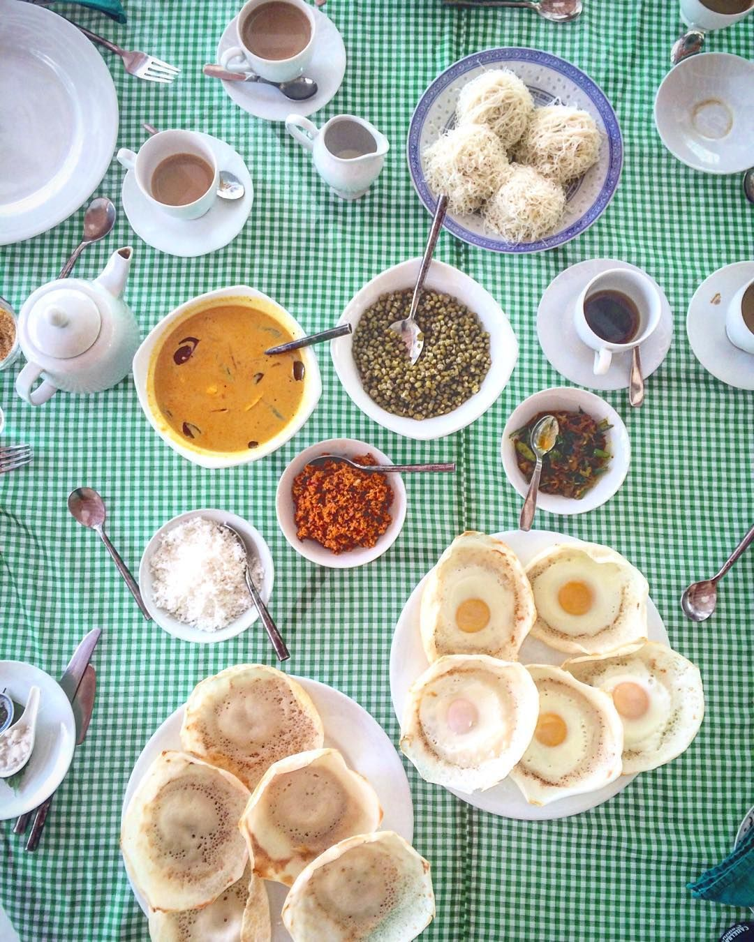 "Emily Dobbs on Instagram: ""Sri Lankan #breakfast EGG HOPPERS, string ..."