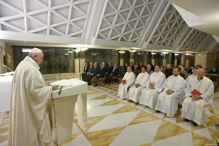 Pope's Morning Homily: Don't Dialogue With Devil