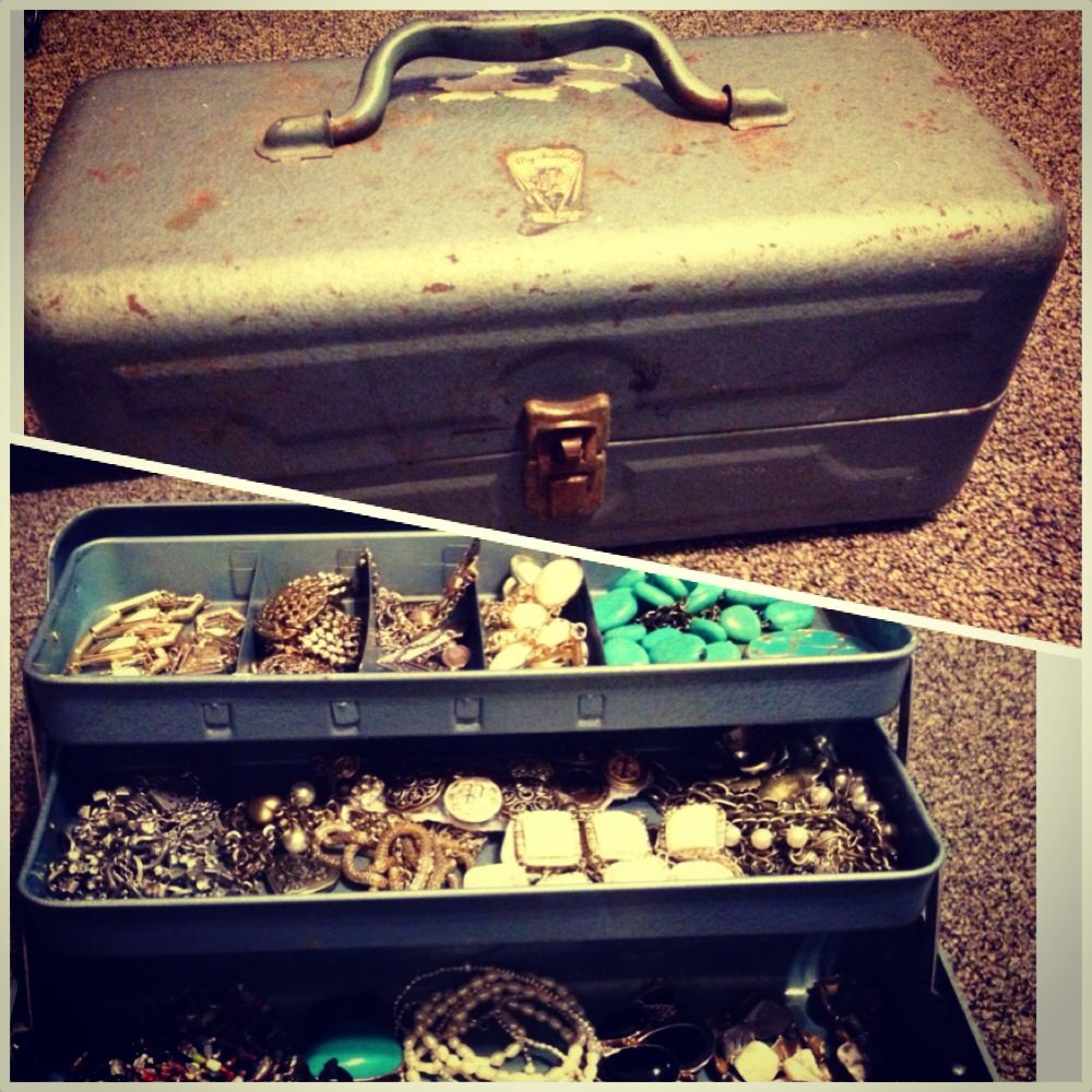 Vintage tackle box turned jewelry box Redos Pinterest Tackle