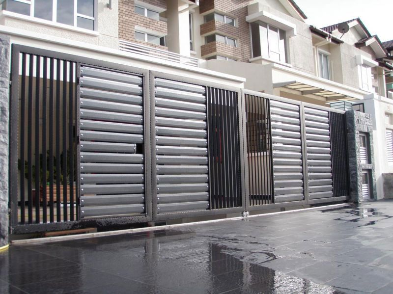 Skylight stainless steel auto gate polycarbonate roofing for Modern front gate design