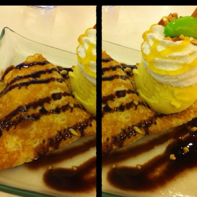 Mango ice-cream crepe...