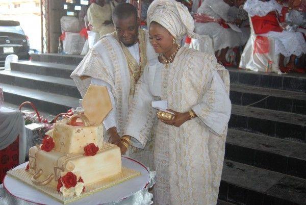 Nigerianische Traditionelle Hochzeit #nigerianischehochzeit Nigerianische Traditionelle Hochzeit,  #Hochzeit #Nigerianische #traditionelle #afrikanischehochzeiten Nigerianische Traditionelle Hochzeit #nigerianischehochzeit Nigerianische Traditionelle Hochzeit,  #Hochzeit #Nigerianische #traditionelle #nigerianischehochzeit
