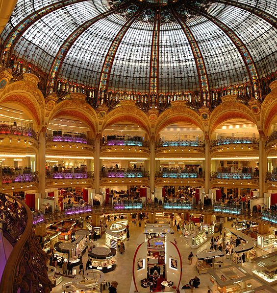 File Paris Lafayette Inside Jpg Paris Shopping Lafayette Paris Visit Paris