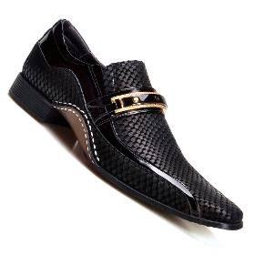 cac5f139dc Sapato Social Masculino Envernizado Blue Preto Brilhante - R  149