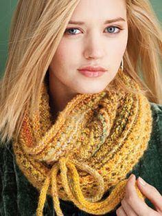 comprar original comprar auténtico nuevas variedades Patron para tejer una bufanda circular con capucha | iKnitts ...