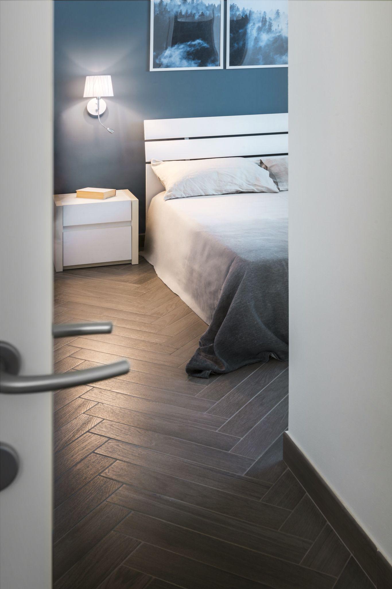 Parete Colorata Camera Da Letto camera da letto con pareti con finitura colorata di sikkens