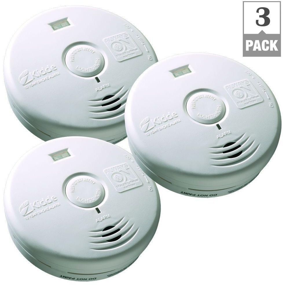 Kidde 10 Year Worry Free Battery Operated Smoke Alarm With Escape Light 3 Pack Kidde Safety Lights Smoke Alarms Smoke Detector
