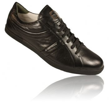 Hugo Boss Orange Lable lace up leather shoe with leather inner and piping detail on both sides. Printed brand logo on side and rubberised sole with branding.