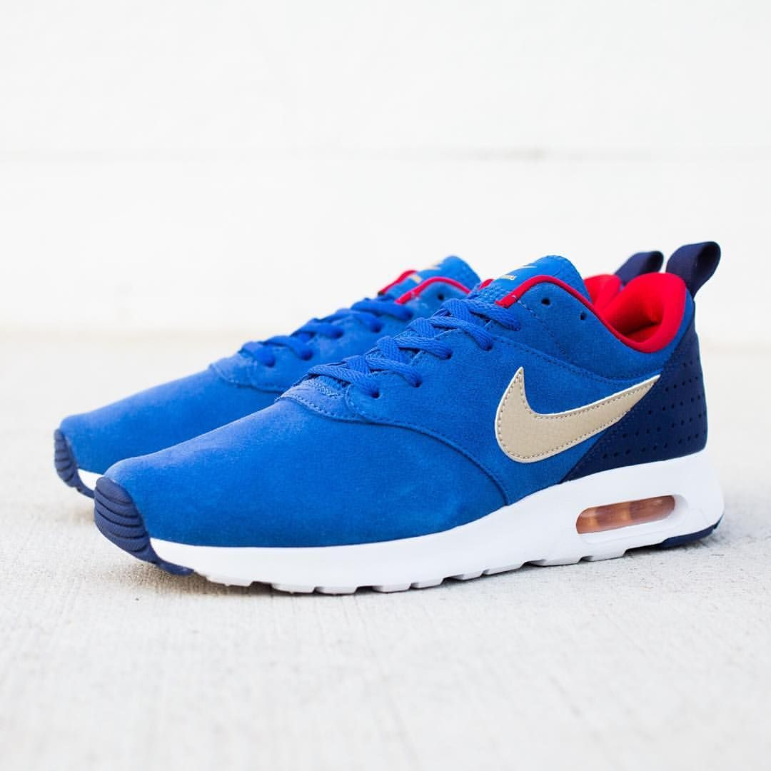 29918fc047bf Nike is Air Max Tavas Suede  Royal Blue