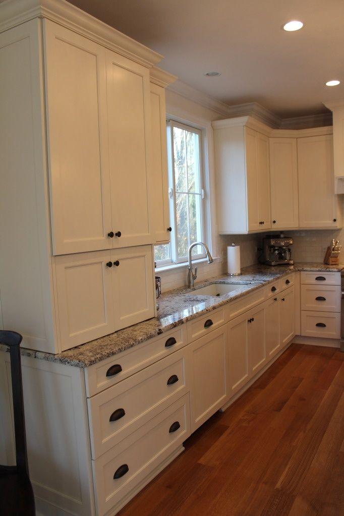 backsplash to match river white granite - Google Search | Kitchen ...