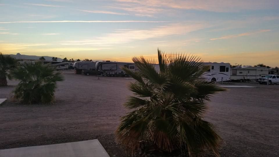 Riverside Adventure Trails Is Located In Bullhead City Arizona Just Minutes From The Colorado River Lake Mojave And Laughlin Nevad Arizona Rv Parks Pinte