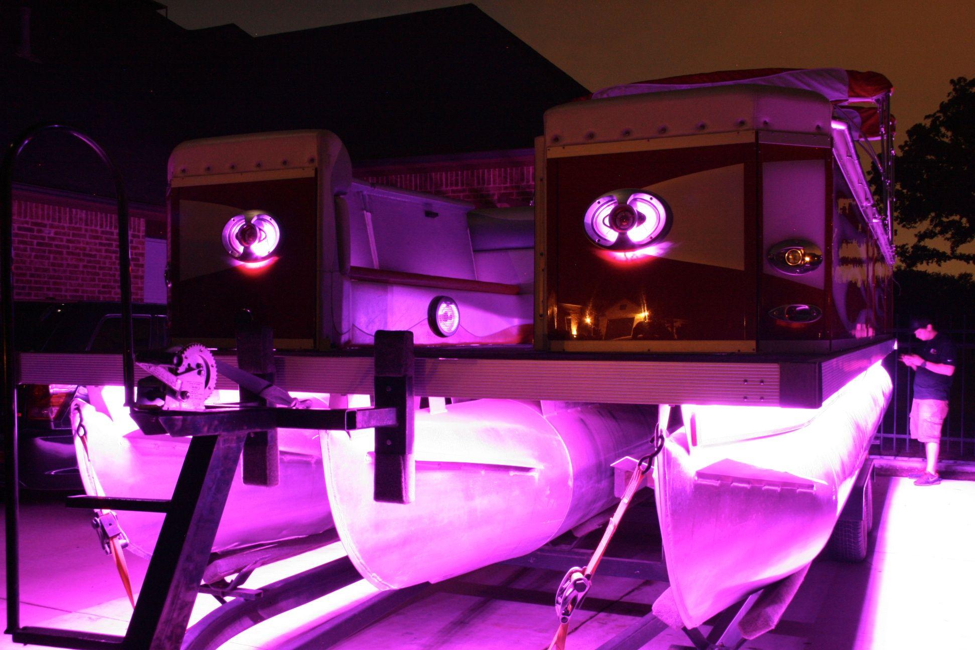 Led Lights Amp 13 Speaker Sound System 27ft Pontoon Boat
