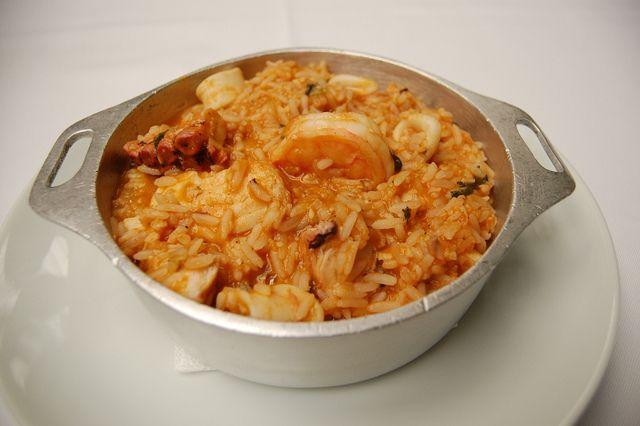 Arroz de Frutos do Mar/Seafood Rice by Um Prato Português / A Portuguese Dish, via Flickr