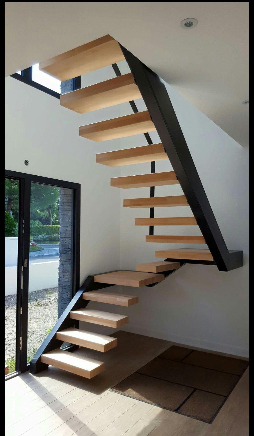 Pin de byron dario mita tixi en escaleras modernas for Diseno de apartamentos industriales