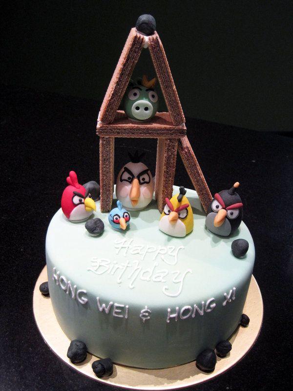Angry Birds Cake  by Sliceofcake