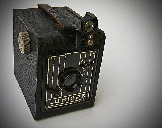 Lumiere Scout Box Art Deco Camera .