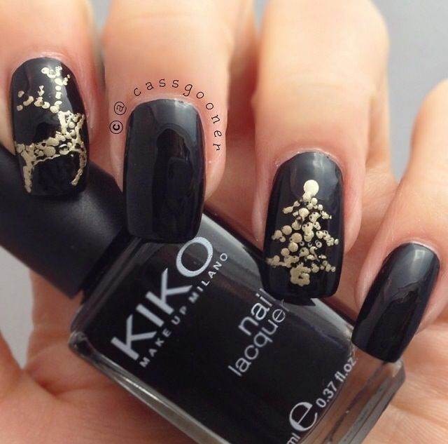 black nails with gold reindeer christmas tree - Black Christmas Nails