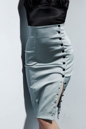 ad1d6832c65f Button skirt | Women fashions in 2019 | Button skirt, Fashion, Skirts