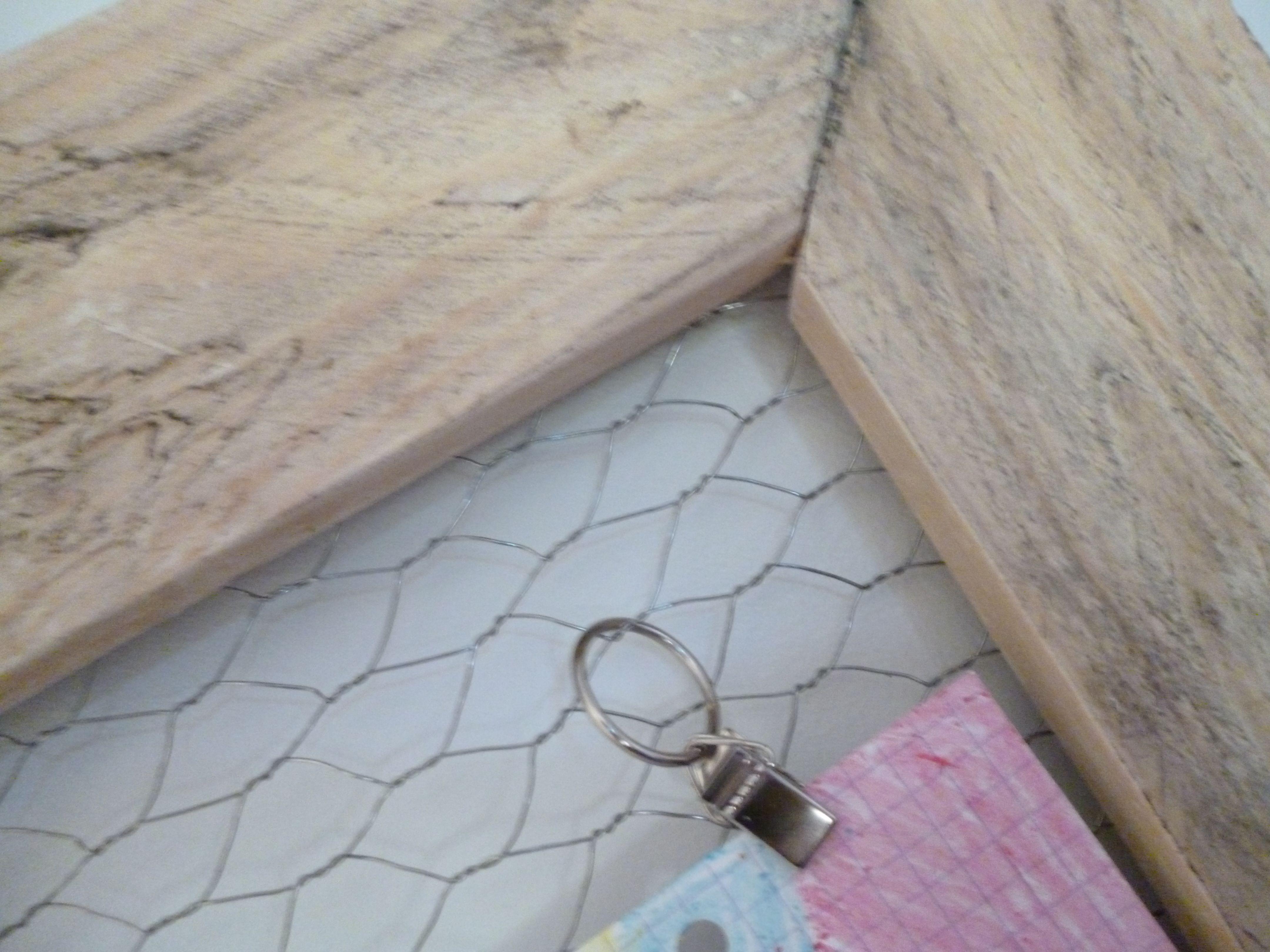 Fabriquer Un Pele Mele diy le pèle mêle en palette | diy, palette et tissu