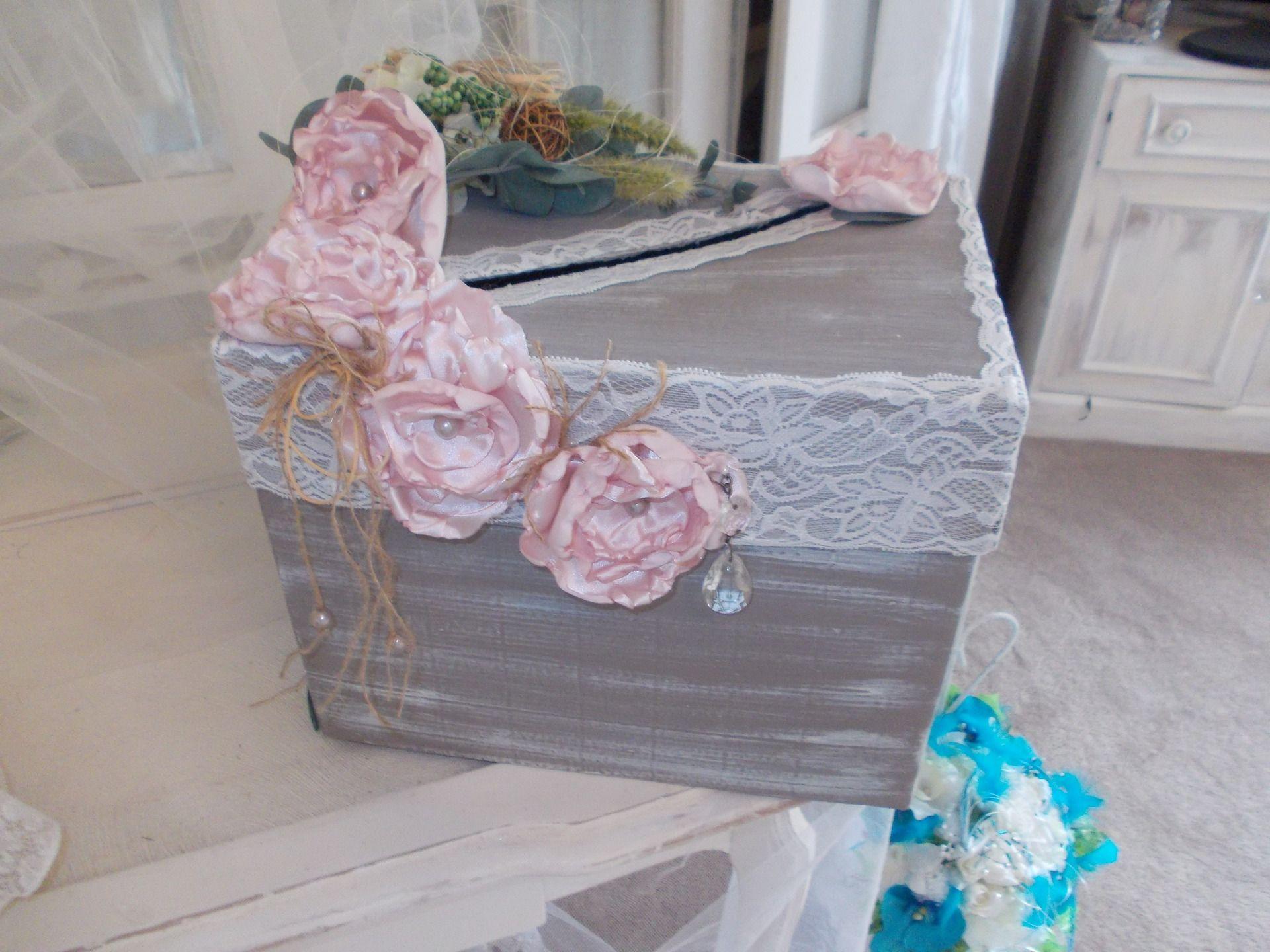 urne mariage campagne chic vintage autres accessoires par mariage vintage romantique mariage. Black Bedroom Furniture Sets. Home Design Ideas