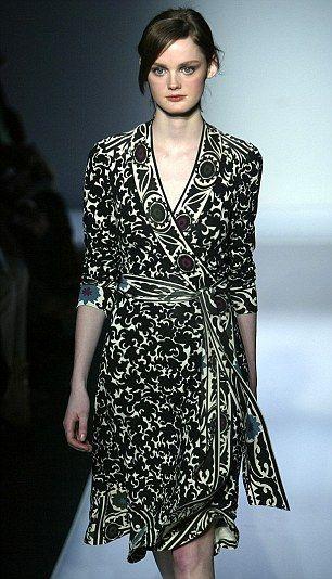 6d9ea228e83cb The dress that defined the designer! Diane Von Furstenberg reveals ...